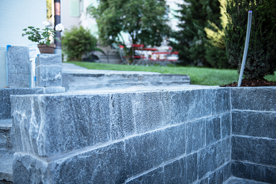 Daniel Kaelin AG, Tief- und Landschaftsbau, Natursteinmauern